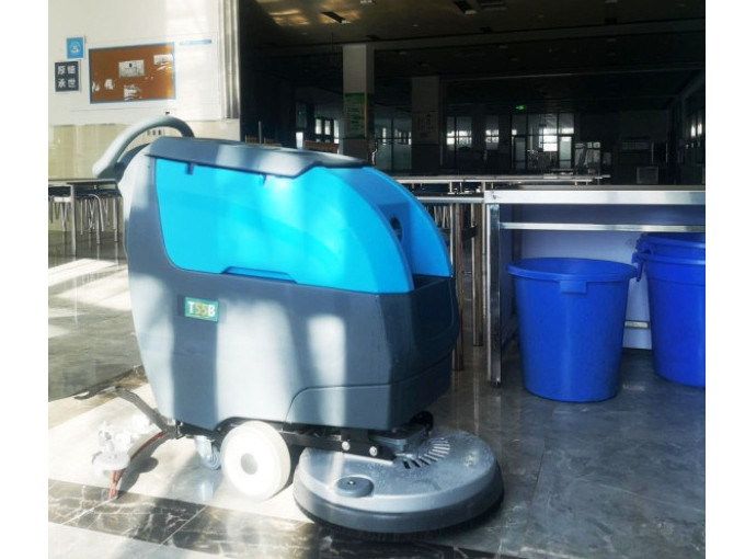 【客户案例】青岛某大学餐厅采购坦力TLT55手推式洗地机一台