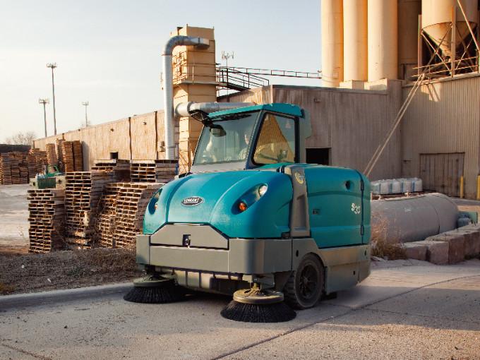 景区适合选择工业扫地车吗?