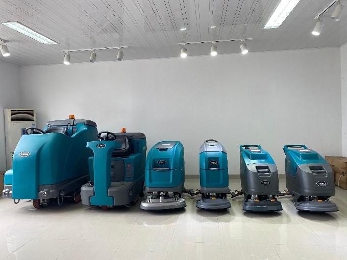 驾驶式洗地机使用注意事项