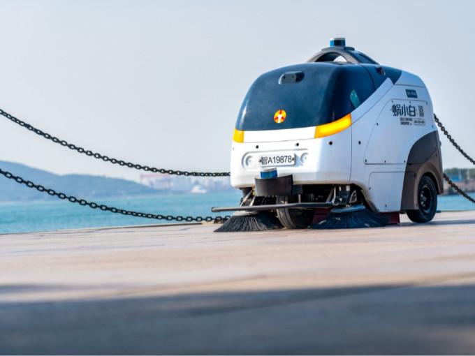 无人驾驶扫地机和普通商用扫地机有什么区别?