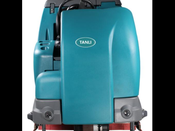 展会中心推荐使用大型坦力驾驶式洗地机